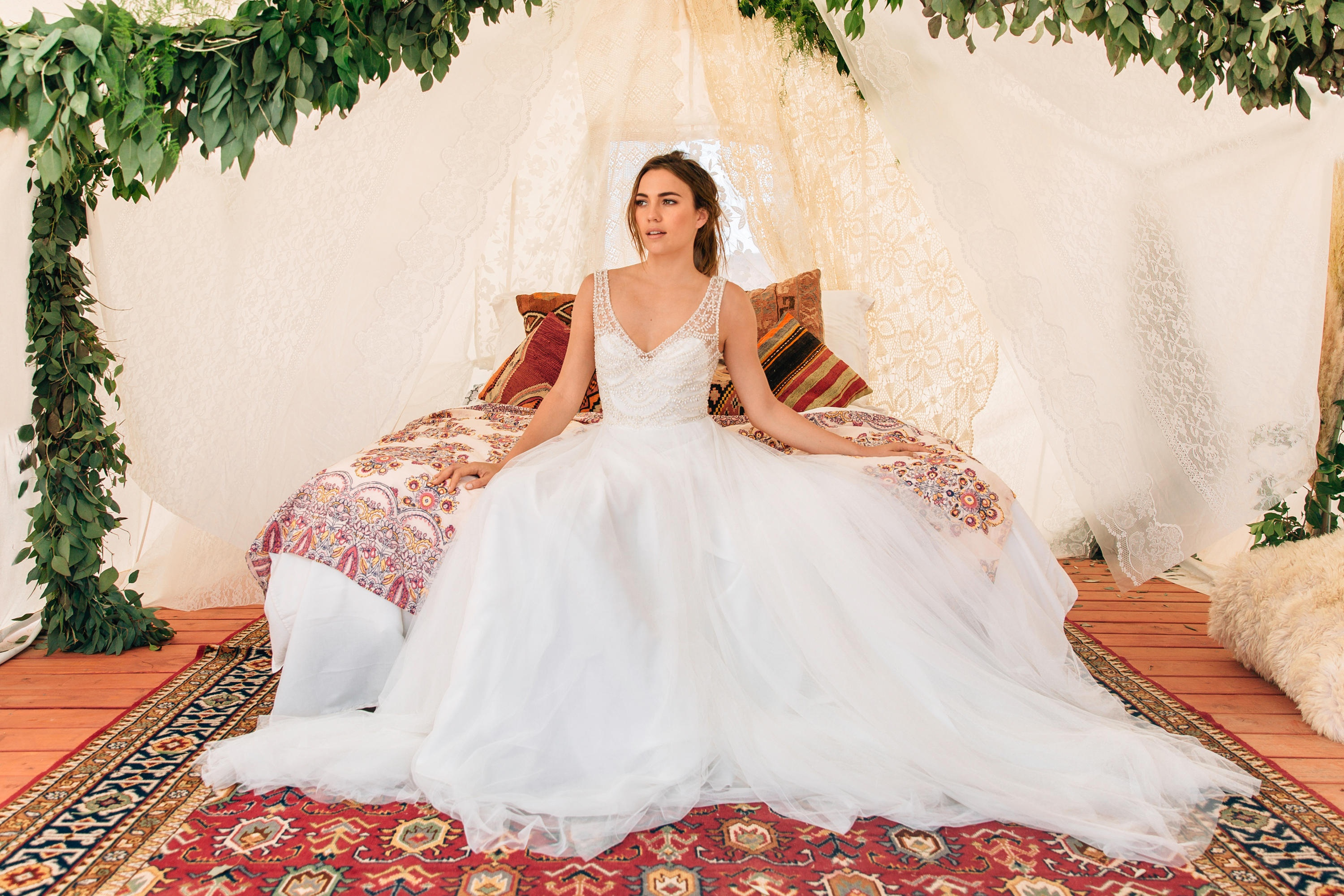 UNBELIEVABLE This Is Why Every Bride Wears White On Their Wedding Day