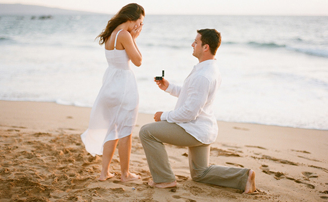 10 Signs Your Boyfriend May Never Propose to You - UNWIND